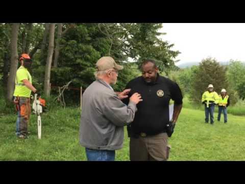 Landowner tries to stop pipeline crew