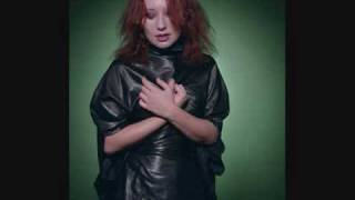Tori Amos - Riot Poof (Live)