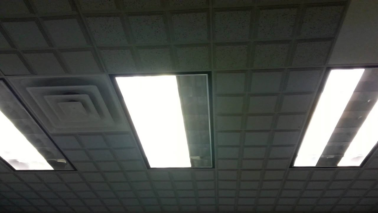 how to dim fluorescent lights | Decoratingspecial.com