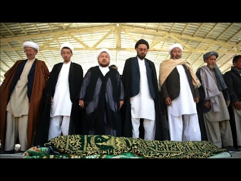 Grieving Afghans bury Kabul suicide attack victims