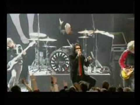 My Chemical Romance - Thank You For The Venom live