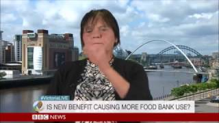 Tracey had to use #foodbanks because her Universal Credit was delayed