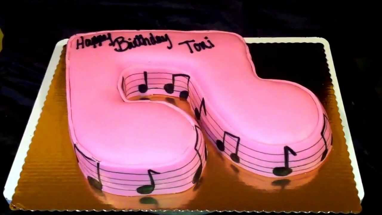 Music Note Cake A Cake Cut Into A Note Using Fondant Please