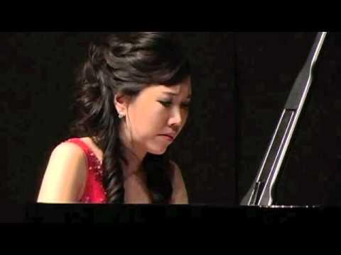 Young-Ah Tak: Chopin Polonaise-Fantasie, Op.61
