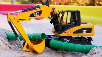 Lasten leluautot ja -kuormurit. Lelukaivuri ja Tayo-lelut. Auttaja-autot rakennustyömaalla.