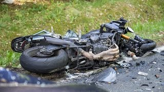 Biker bei Aufprall auf Pkw lebensbedrohlich verletzt - Schleuisngen 15.05.15