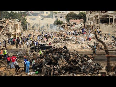 Somalia: Hundreds dead after truck bomb strikes
