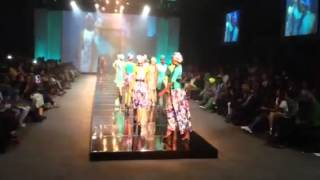 Thula Sindi burning up the runway at Durban Fashion Fair Thumbnail