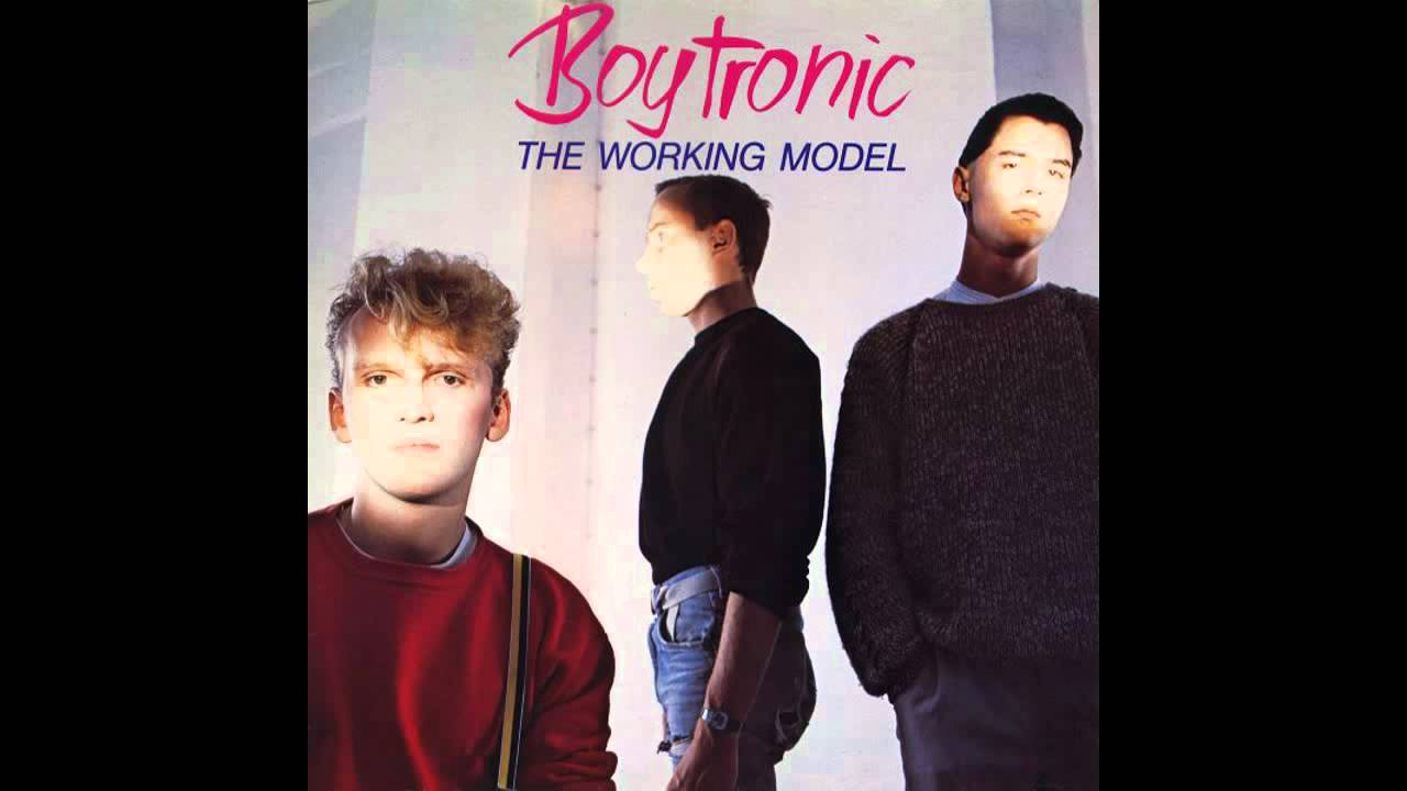 boytronic-you-re-the-one-who-stays-hq-midnightwave80z