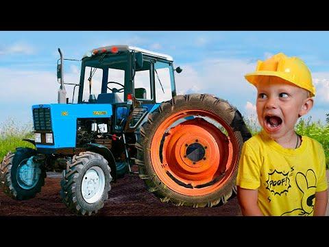 Малыш и настоящий Синий Трактор с прицепом. Видео про Трактор для детей