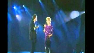 Watch Dave Loggins Nobody Loves Me Like You Dowith Anne Murray video