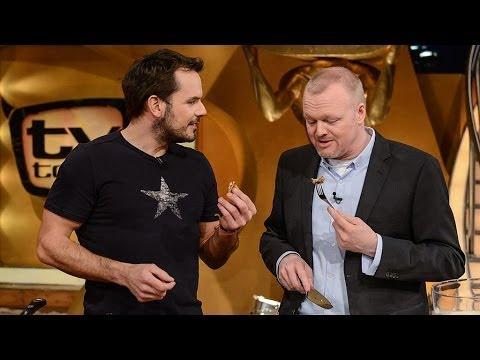 Testbericht - Vegane Bolognese von Attila Hildmann Teil 2 from YouTube · Duration:  3 minutes 14 seconds