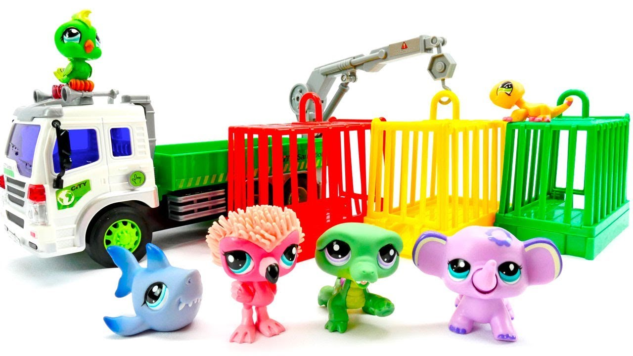 Мультики для малышей. Зоопарк. Строим вольеры для животных ...
