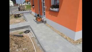 Как сделать отмостку вокруг дома из тротуарной плитки