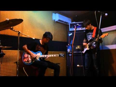 Dark Pegasus Official - Dead Flowers ( music video )