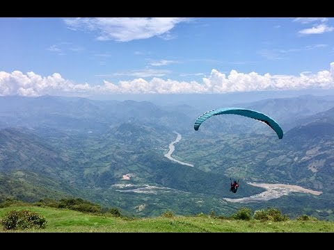 Paragliding tour across Colombia