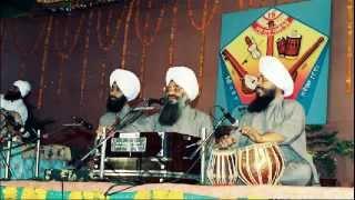 Bhai Sarabjit Singh Rangila (Durg Wale) Vaisakhi 2005 Hazoor Sahib Mittar Pyare Nu Soothing shabad