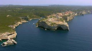 Belle France - Korsika(Atemberaubende Luftaufnahmen zeigen die gebirgige Landschaft Korsikas, außerdem werden Inselbewohner vorgestellt, die das reiche Erbe ihrer Region ..., 2015-09-01T14:49:52.000Z)
