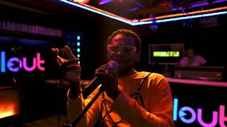 adekunle-gold---young-love-acoustic-version-with-clout-nigeria