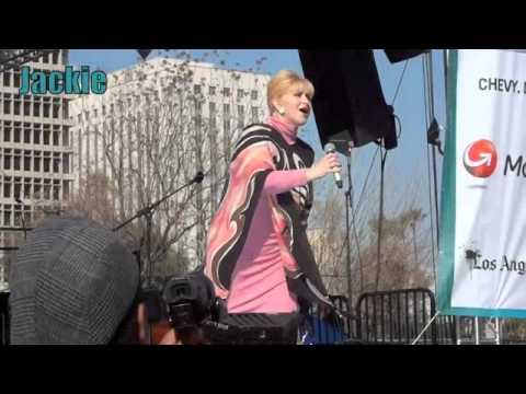 Angelica Maria en La Fiesta Broadway 2012