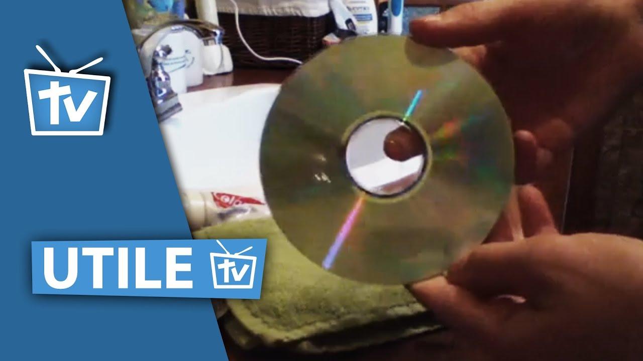 r parer et nettoyer un cd ray avec du dentifrice faire dispara tre les rayures sur un cd. Black Bedroom Furniture Sets. Home Design Ideas