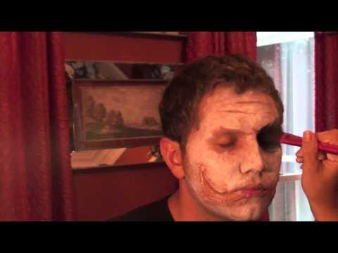 How to look like the Joker, Heath Ledger style