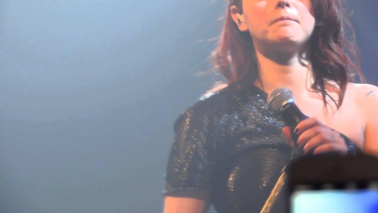 Annalisa una finestra tra le stelle splende tour live mestre 2015 youtube - Annalisa una finestra ...