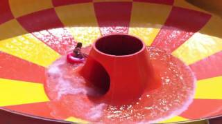 A look at the NCL Epic three slides, pool and whole Aqua Park - Norwegian cruise Line