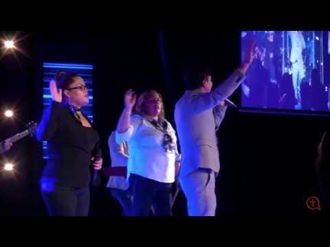 Rey Infinito  - Marco Barrientos Ft. Christine D'Clario (Iglesia De Gwinnett)