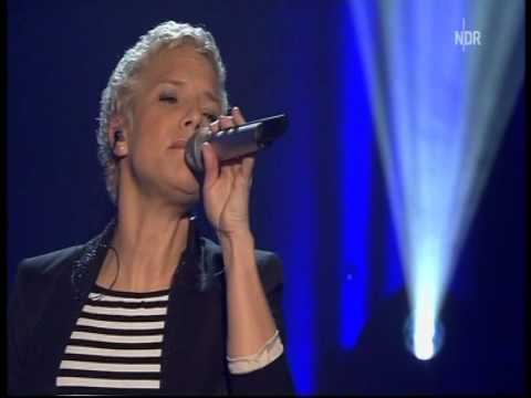 Ina Müller - De Wind vun Hamburg (live)