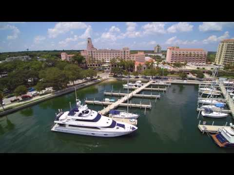 Saint Petersburg Florida/Yacht/Downtown/Drone