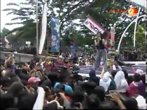 Brondong Tua-Siti Badriah