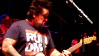NOFX - Can't Get The Stink Out (Incomplete) and See Her Pee Live Melbourne 27/09/09