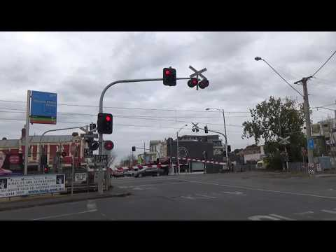 Puckle St/Holmes Rd Level Crossing, Moonee Ponds