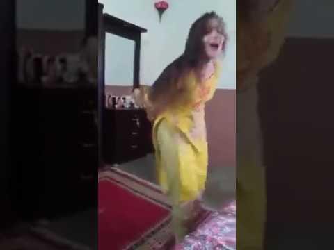 sweet Song 2 number Dewan Beutifull Dance...