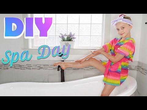DIY Spa Day with Lilly K: Boredom Busters! #LillyK #DIYSpa #SpaDay