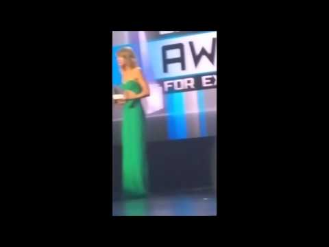 Harry Styles whistling for Taylor at AMA's 2014