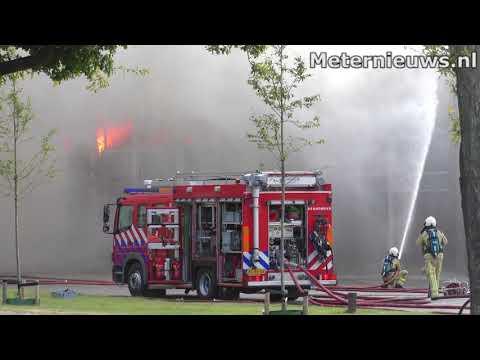 Grote brand in Roden verwoest fabriek