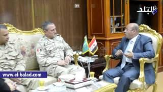 بالفيديو والصور.. قائد سلاح المدرعات يتفقد اللجان الانتخابية بـ«المنوفية»
