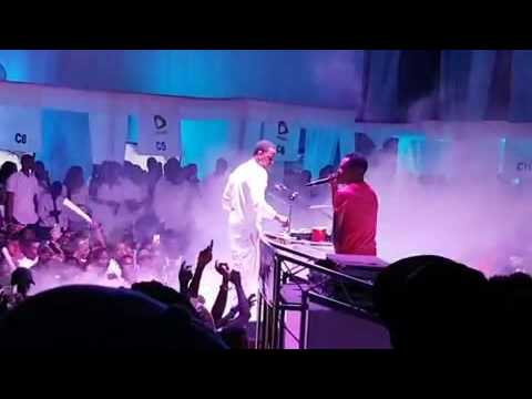 HUMBLESMITH KILLING IT ON STAGE WITH HIS HIT TRACK OSINACHI.