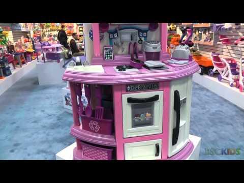 American Plastic Toys Kitchen