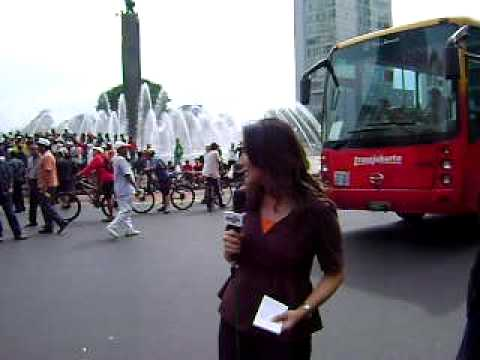 AVIANI MALIK (Metro Tv)