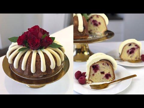 white-chocolate-raspberry-nothing-bundt-cake---cake-style