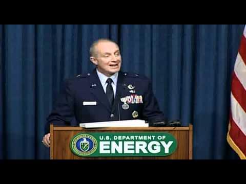 NNSA Administrator Presents Gold Medal to Brig. Gen. Harencak
