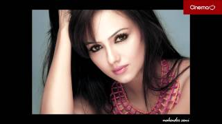 sana khan half nude pics exclusively