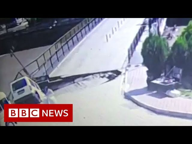 The moment bridge collapses in Turkey - BBC News