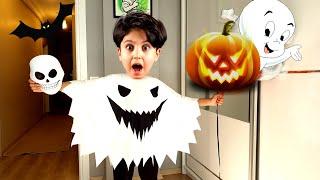 Sado Chooses a Halloween Costume - Funny kid video
