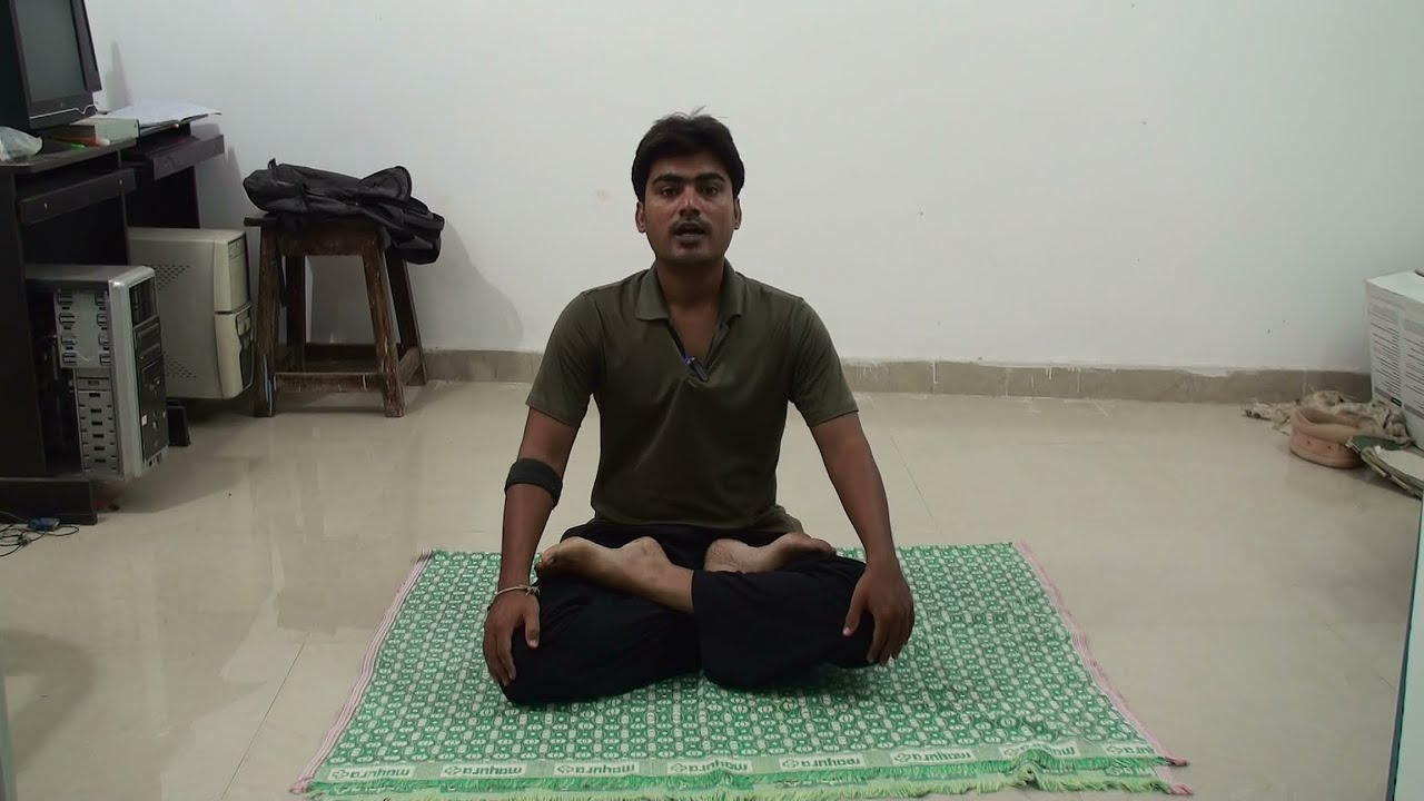 Lotus Pose Or Padmasana For Beginners And Its Benefits By Rushi Youtube