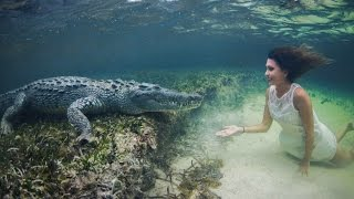 Snap Shot: Model Poses Underwater Inches From Deadly Crocodiles
