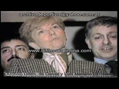 DiFilm - Isabel Martinez de Peron con periodistas